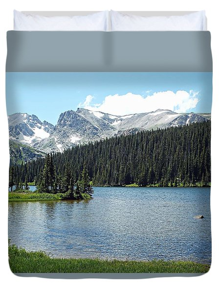 Long Lake Splender  Duvet Cover by Joseph Hendrix