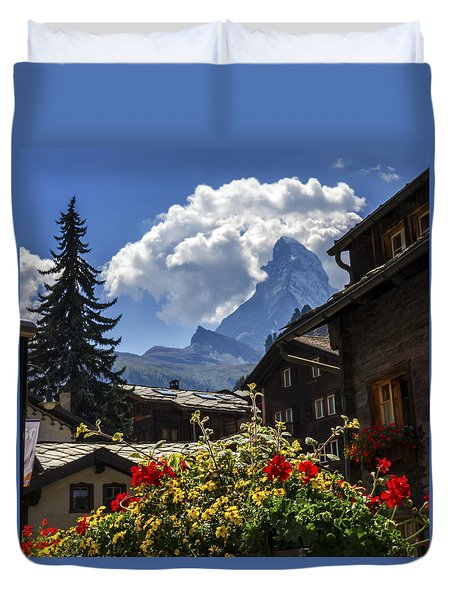 Matterhorn And Zermatt Village Houses, Switzerland Duvet Cover