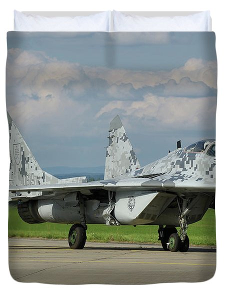 Duvet Cover featuring the photograph Mikoyan-gurevich Mig-29as by Tim Beach