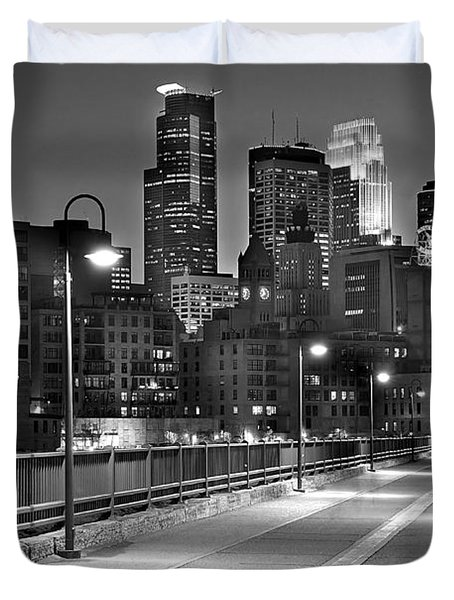 Minneapolis Skyline From Stone Arch Bridge Duvet Cover