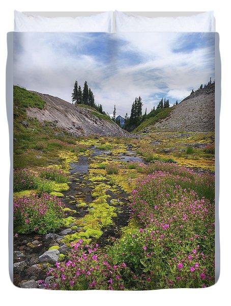 Mt Rainier National Park Duvet Cover