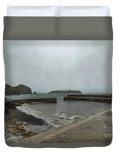 Duvet Cover featuring the photograph Mullion Cove by Brian Roscorla
