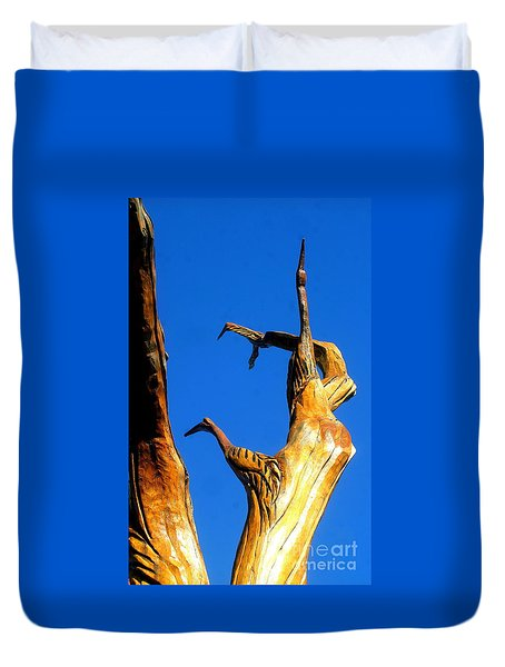 New Orleans Bird Tree Sculpture In Louisiana Duvet Cover by Michael Hoard