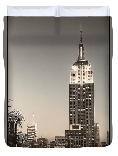 Duvet Cover featuring the photograph New York Empire State Building by Juergen Held