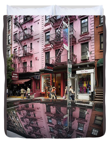 Duvet Cover featuring the photograph New York Soho  by Juergen Held