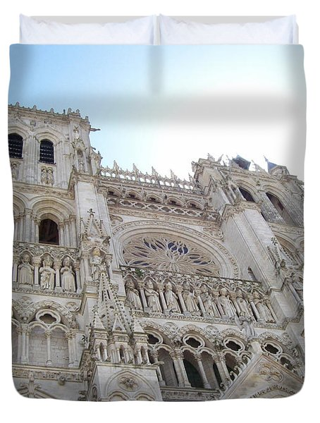 Duvet Cover featuring the photograph Notre-dame D'amiens by Mary Mikawoz