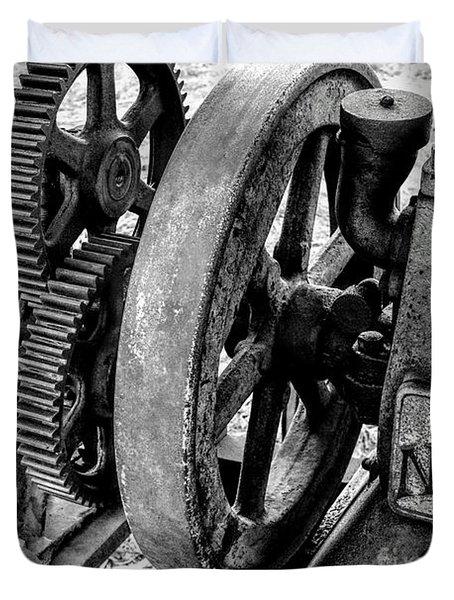 Novo Antique Gas Engine Duvet Cover