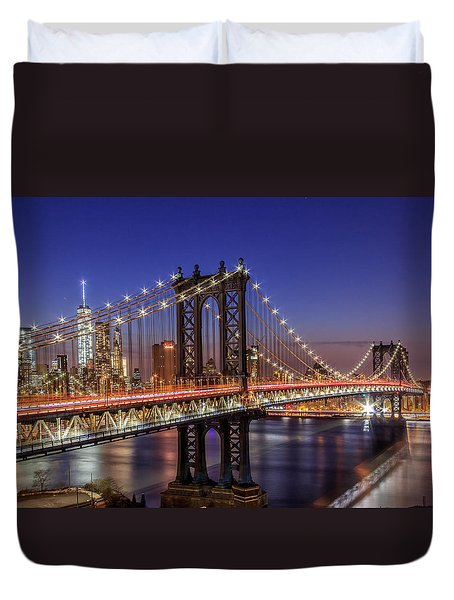 Duvet Cover featuring the photograph Ny Ny  by Anthony Fields