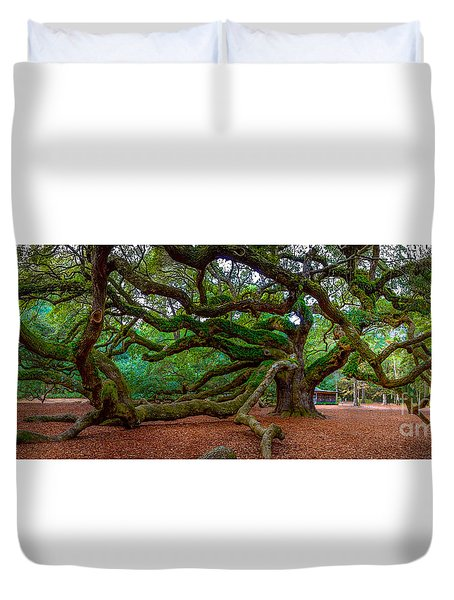Old Southern Live Oak Duvet Cover