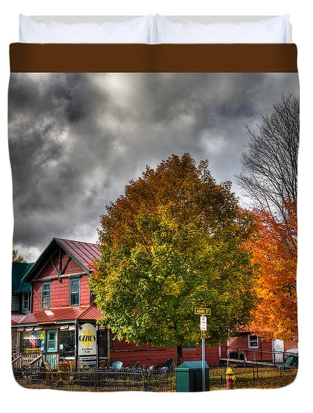 Ozzie's Coffee Bar In Old Forge Ny Duvet Cover