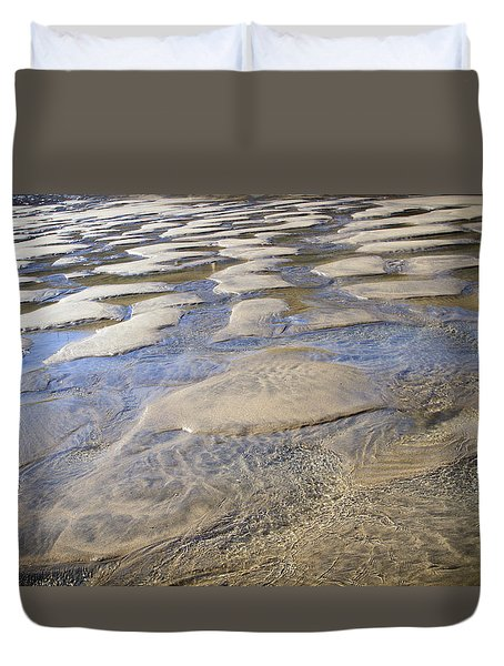 Duvet Cover featuring the photograph Patterns In The Sand I by Shirley Mitchell