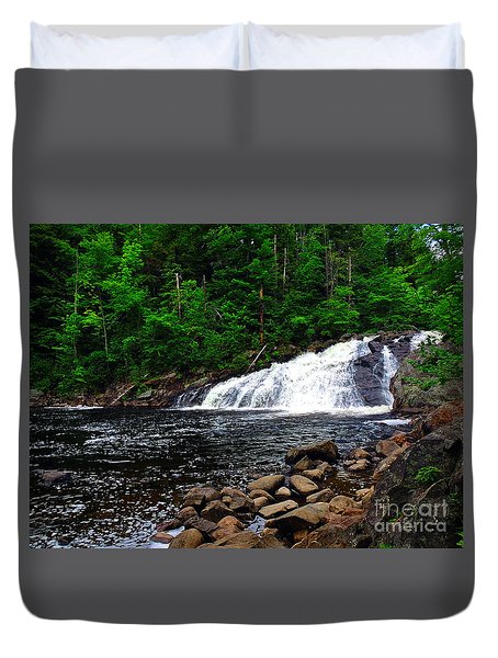 Profile Falls, Nh Duvet Cover by Mim White