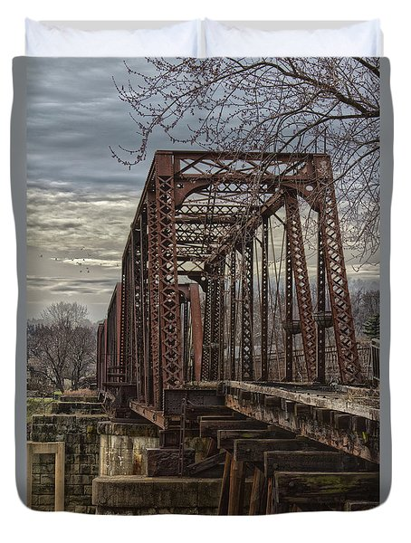 Rail Bridge Duvet Cover