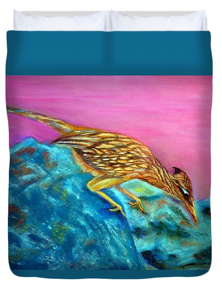 Roadrunner On Point  Pastel Duvet Cover