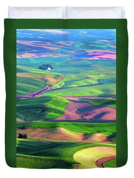 Green Hills Of The Palouse Duvet Cover by James Hammond