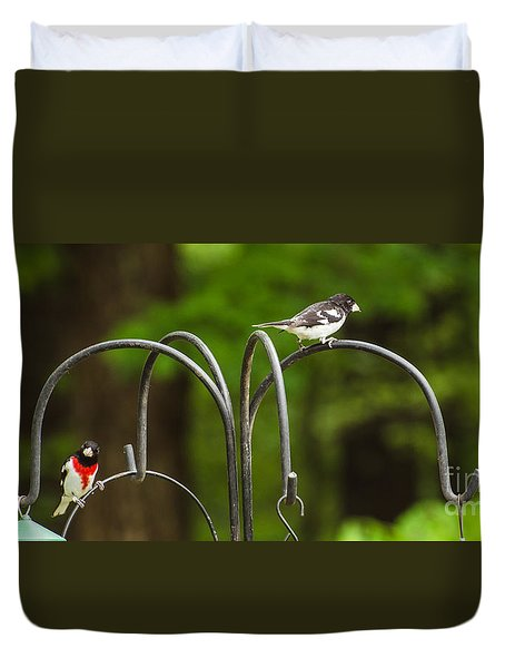Duvet Cover featuring the photograph Rose Breasted Grosbeak by Donna Brown