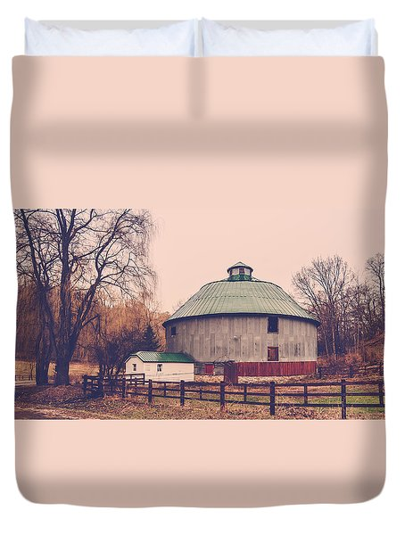 Duvet Cover featuring the photograph Round Barn by Dan Traun