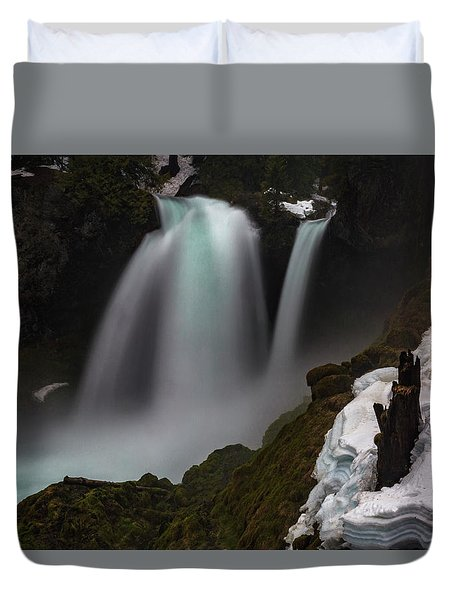Duvet Cover featuring the photograph Sahalie Falls by Cat Connor