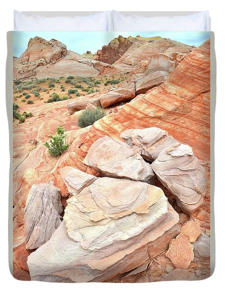 Duvet Cover featuring the photograph Sandstone Cove In Valley Of Fire by Ray Mathis