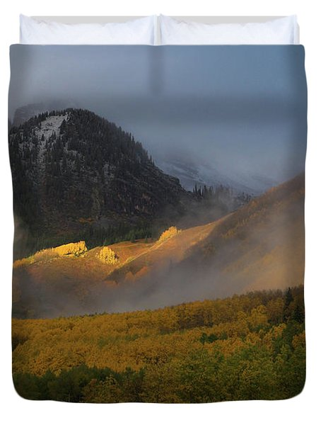 Duvet Cover featuring the photograph Siever's Mountain by Steve Stuller