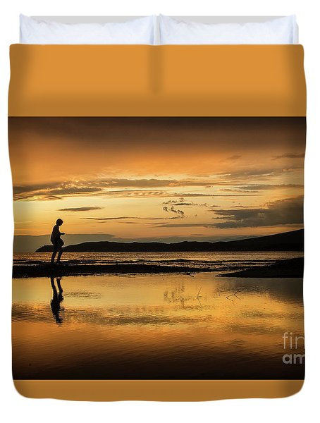 Silhouette In Sunset Duvet Cover