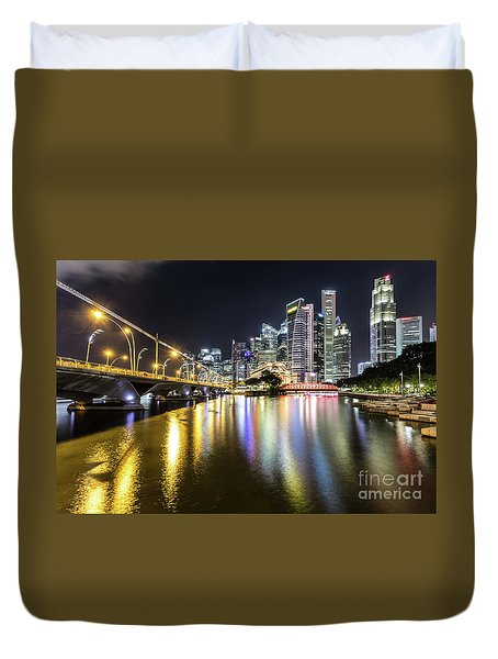 Singapore River At Night With Financial District In Singapore Duvet Cover