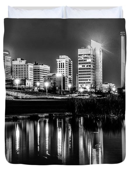 Skyline Of Birmingham Alabama From Railroad Park Duvet Cover