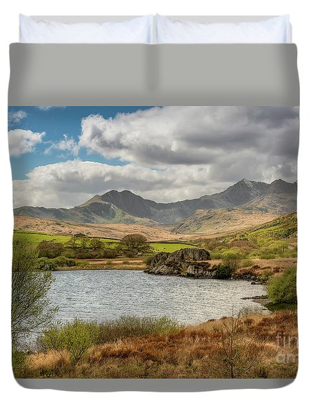 Duvet Cover featuring the photograph Snowdon Horseshoe by Adrian Evans
