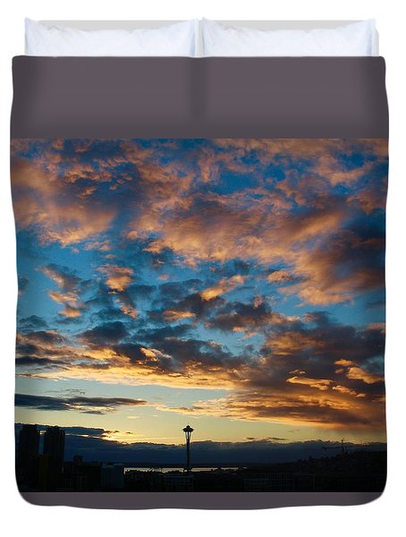 Space Needle In Clouds Duvet Cover by Suzanne Lorenz