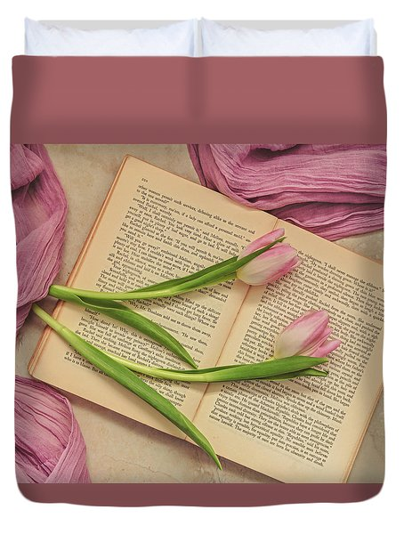 Duvet Cover featuring the photograph Spring Beauty 2 by Kim Hojnacki