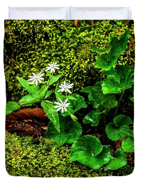 Star Chickweed Mossy Rock Duvet Cover
