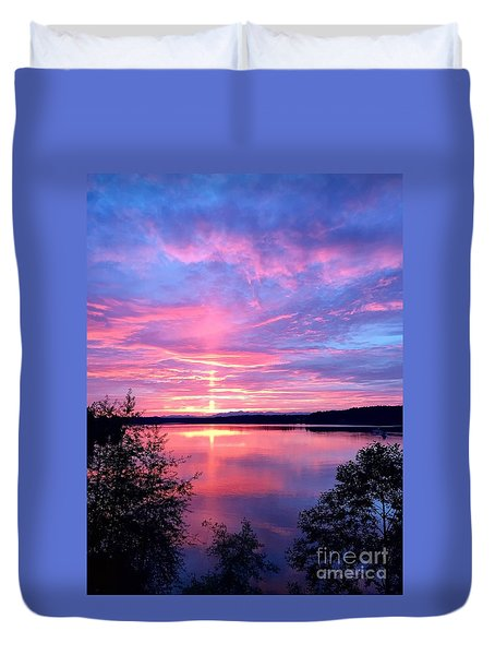 Sun Pillar Duvet Cover by Sean Griffin
