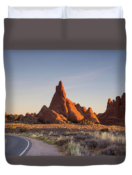 Sunrise In Arches National Park Duvet Cover