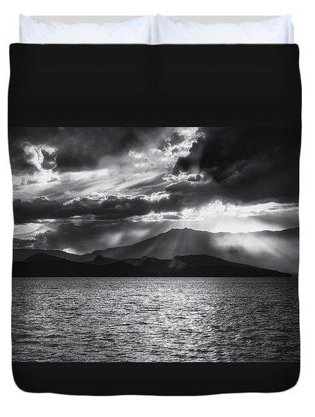 Sunset Duvet Cover by Hayato Matsumoto