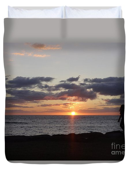 Sunset Off Lipoa Duvet Cover by Fred Wilson