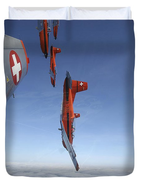 Swiss Air Force Display Team, Pc-7 Duvet Cover by Daniel Karlsson