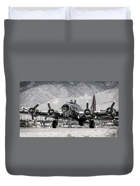 B-17 Bomber Madras Maiden  Duvet Cover