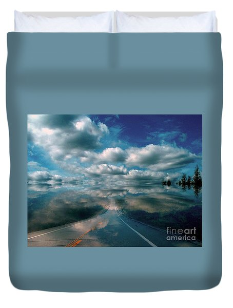 Duvet Cover featuring the photograph The Dream by Elfriede Fulda