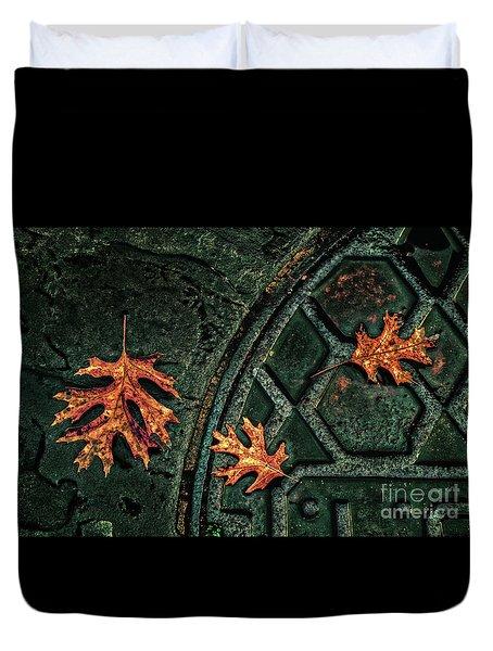 The Three Leaves Duvet Cover
