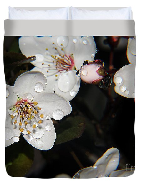 Duvet Cover featuring the photograph Tree Blossoms by Elvira Ladocki