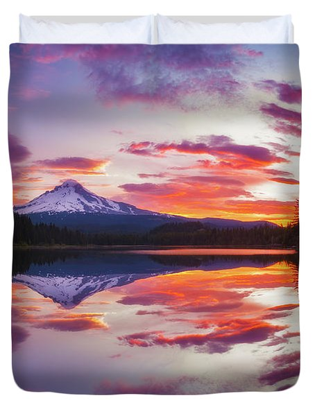 Trillium Lake Sunrise Duvet Cover