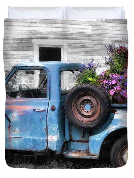 Truckbed Bouquet Duvet Cover