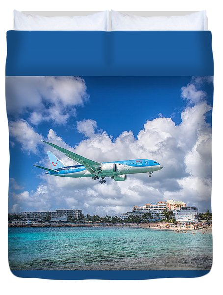 Tui Airlines Netherlands Landing At St. Maarten Airport. Duvet Cover