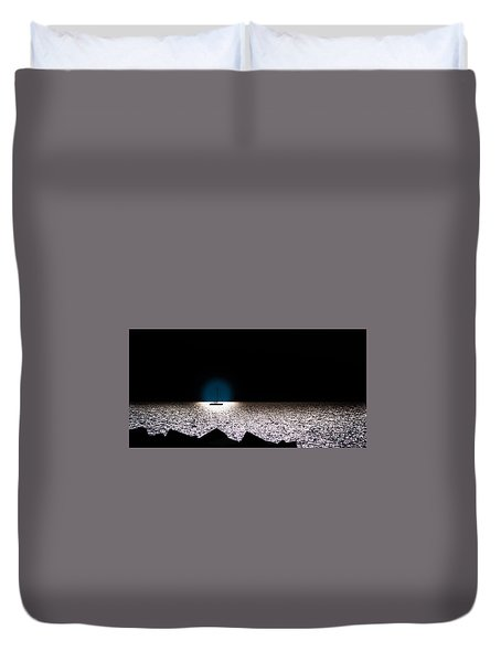 Duvet Cover featuring the photograph Vela by Bruno Spagnolo