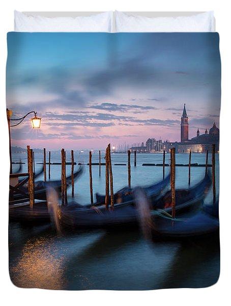 Duvet Cover featuring the photograph Venice Dawn by Brian Jannsen