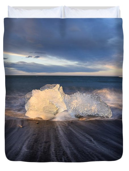 Duvet Cover featuring the photograph Voices Of Tides by Dustin  LeFevre
