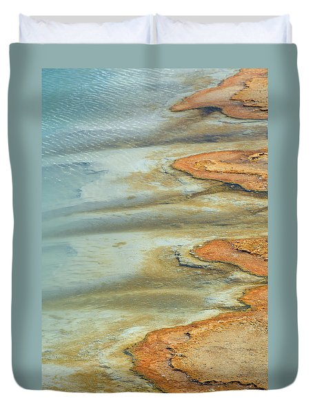 Wall Pool In Yellowstone National Park Duvet Cover