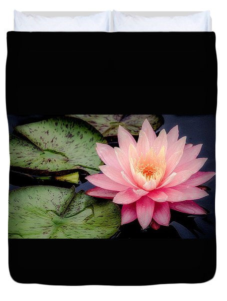 Water Lily In Pink Duvet Cover