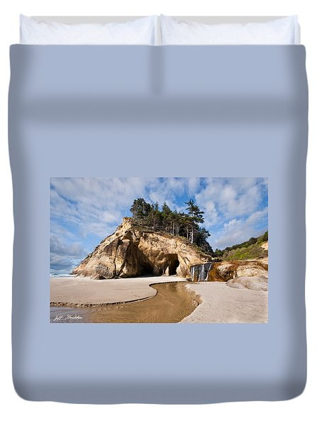 Waterfall Flowing Into The Pacific Ocean Duvet Cover