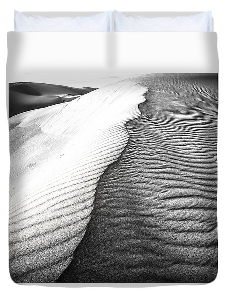 Duvet Cover featuring the photograph Wave Theory V by Ryan Weddle